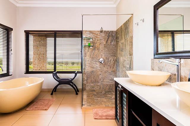 luxury accommodation lake jozini